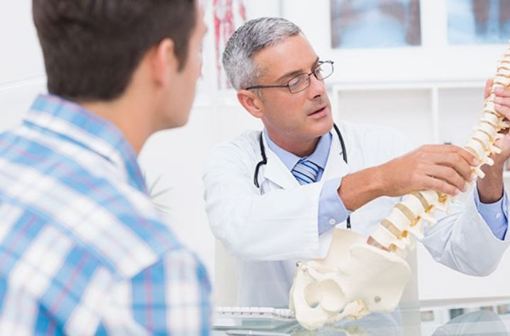 how to choose a spine surgeon