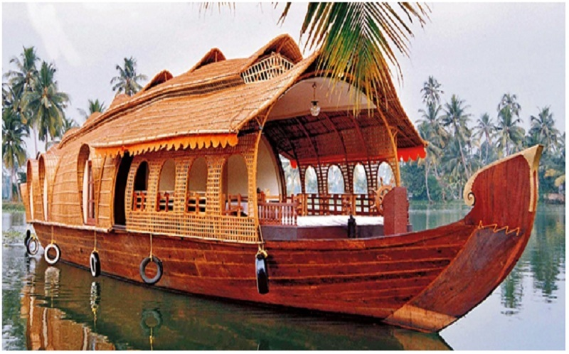 Enjoy The Backwater Stretches Of Kerala