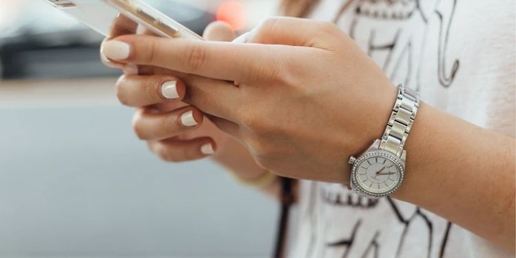 How Mobile Technologies Help Merchants in Bringing Conversions for Startups