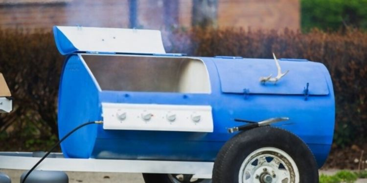 How to Build a Smoker at Home