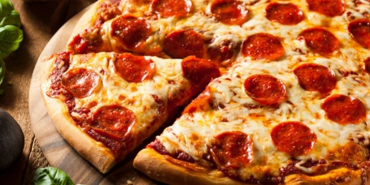 Are Cheap Pizza Deals Worth a Try