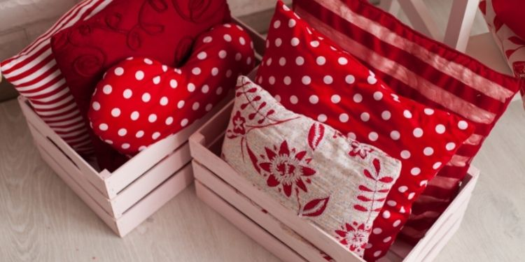 Pillow Boxes - Modify your Packaging Requirements