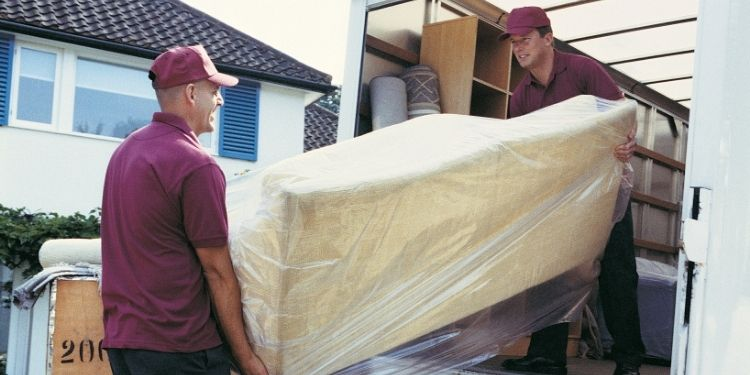 What are the tips for hiring moving company London?