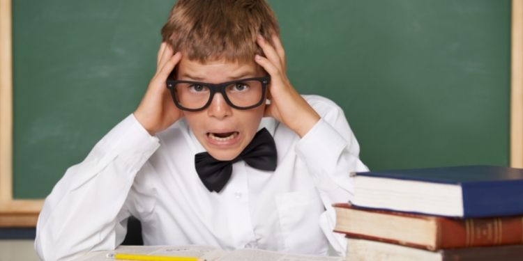 8 Tips How Students Can Deal with Exam Stress
