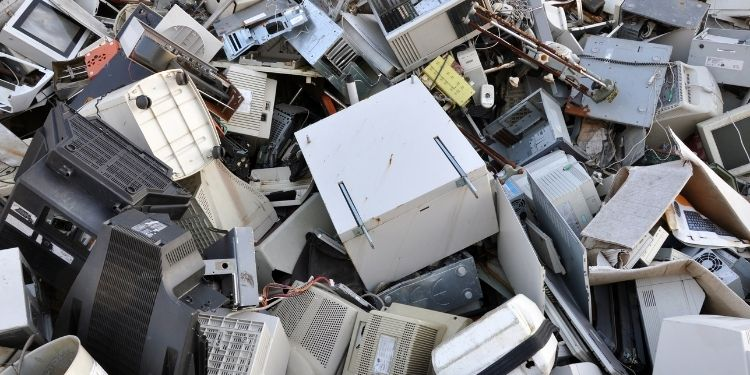 Why You Should Recycle E-Waste Properly – PC DREAMS